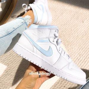 Best 25 Deals for Baby Blue Jordans   Poshmark
